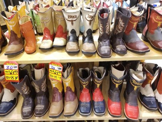 TONY'S LEATHER #TONYSLEATHER #arizona #chandleraz #phoenixaz #tucsonaz #scottsdaleaz #glendaleaz #mesaaz #liquidation #wholesale #jewelry #clothes #apparel #shoes #hats #belts #cowboysnation #store #cowboyboots #distributor #brand #cowboys #fashion #maranaarizona #maranaaz #eloyarizona #eloyaz #florencearizona #florenceaz #casagrandearizona #casagrandeaz #chandlerarizona #chandleraz #buckeyearizona #buckeyeaz #digitalmarketingaz #kalvinarailias #advertisingarizona #marketingarizona #digitalmarketingarizona #digitalmarketing #socialmedia #publicrelations #pr #tv #radio #agency #ar
